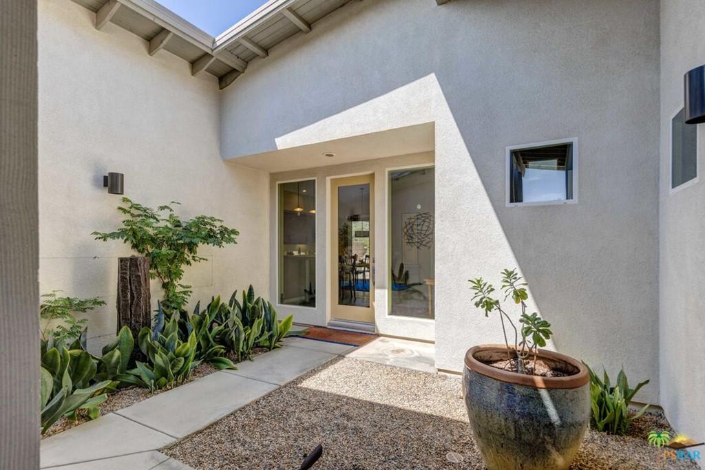 Active | 799 Spaulding Lane Palm Springs, CA 92262 7