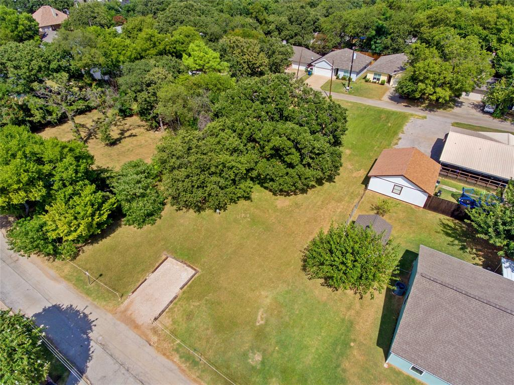 Active   306 Boliver Avenue Lake Dallas, Texas 75065 12