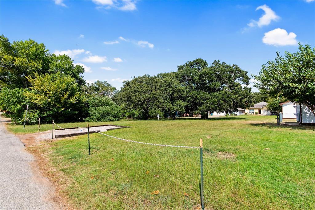 Active   306 Boliver Avenue Lake Dallas, Texas 75065 14