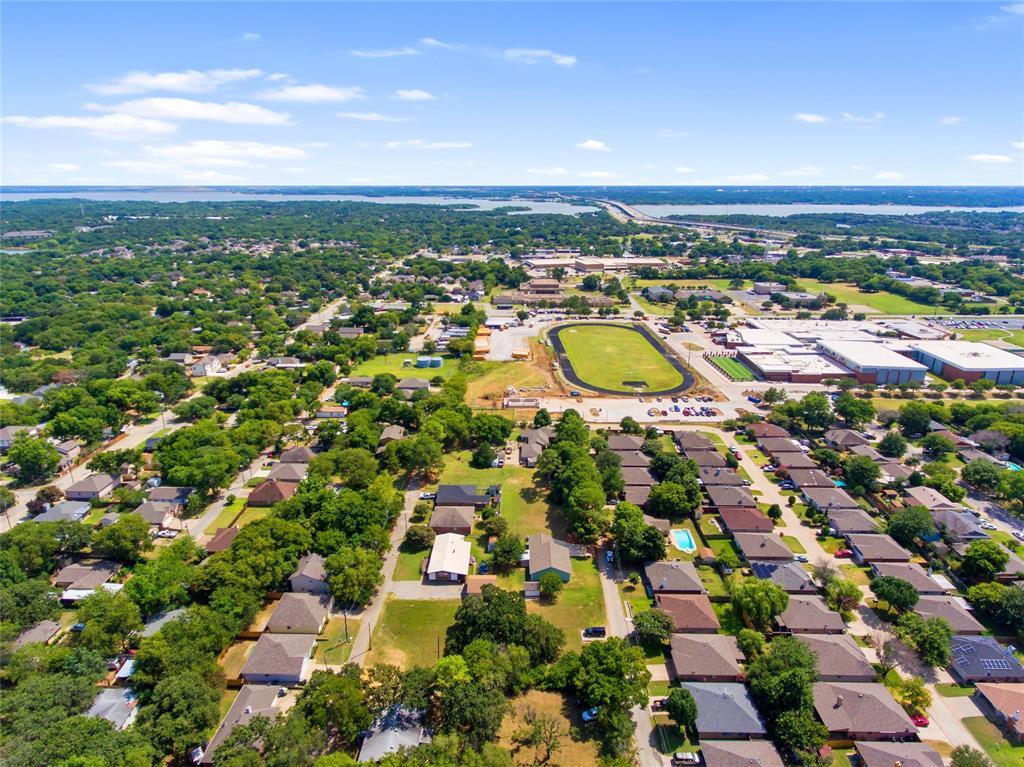 Active   306 Boliver Avenue Lake Dallas, Texas 75065 23