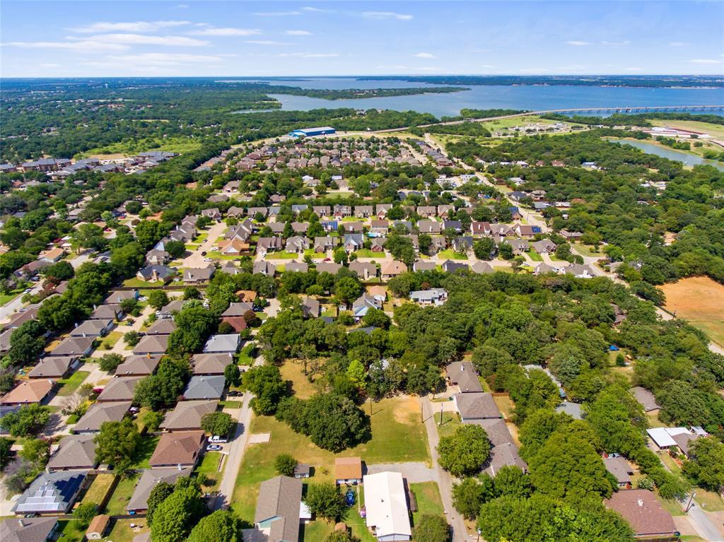 Active   306 Boliver Avenue Lake Dallas, Texas 75065 27