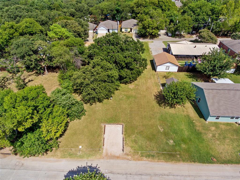 Active   306 Boliver Avenue Lake Dallas, Texas 75065 4
