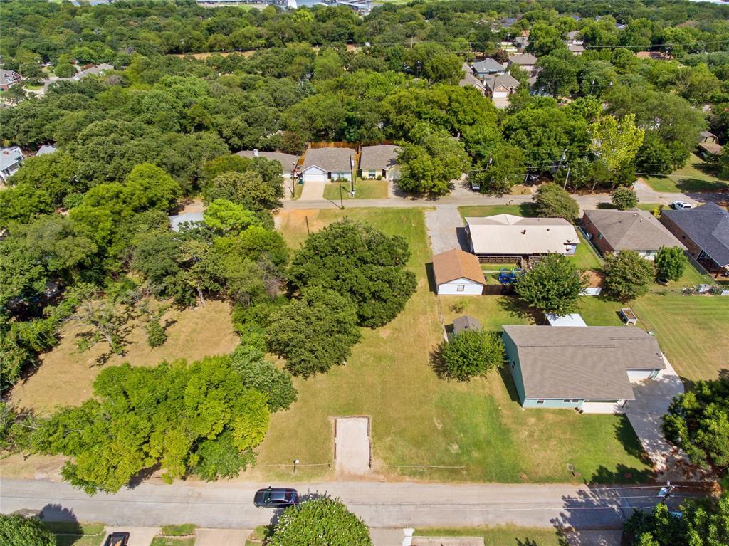 Active   306 Boliver Avenue Lake Dallas, Texas 75065 5