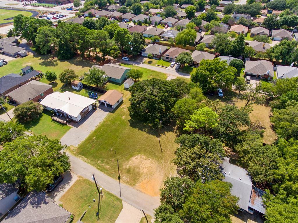 Active   306 Boliver Avenue Lake Dallas, Texas 75065 7