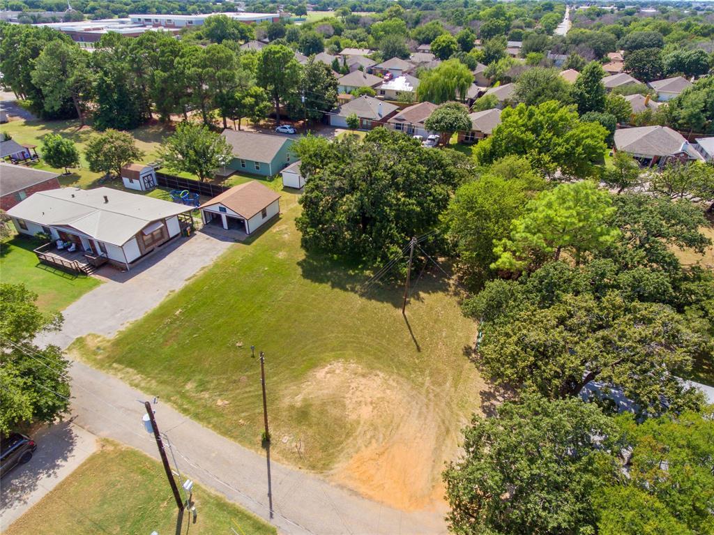 Active   306 Boliver Avenue Lake Dallas, Texas 75065 9
