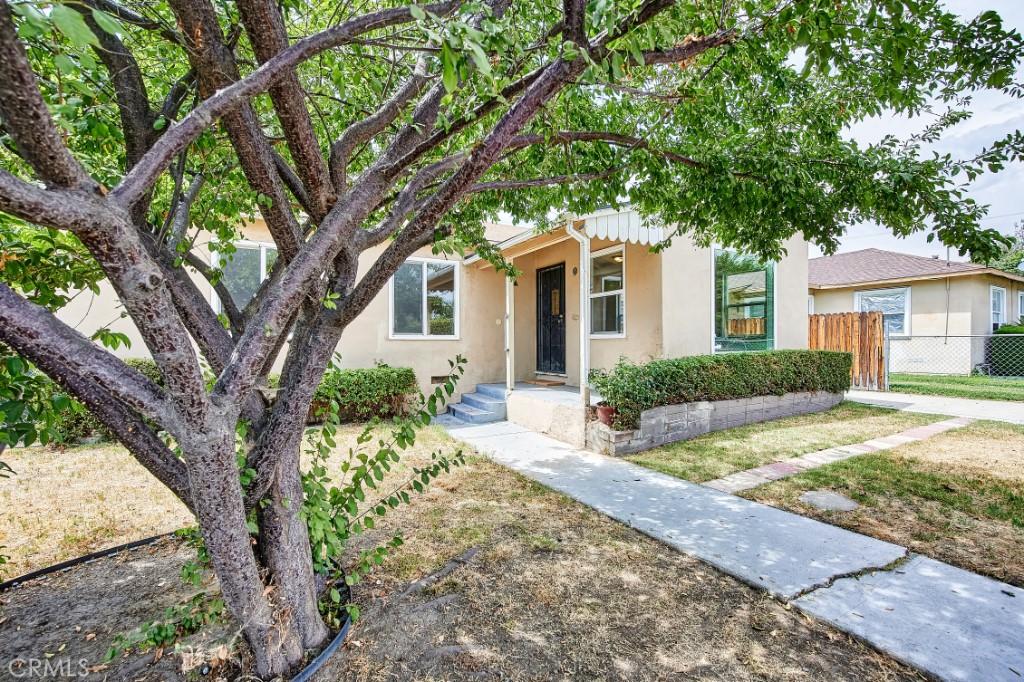 ActiveUnderContract | 1572 Belle Street San Bernardino, CA 92404 4