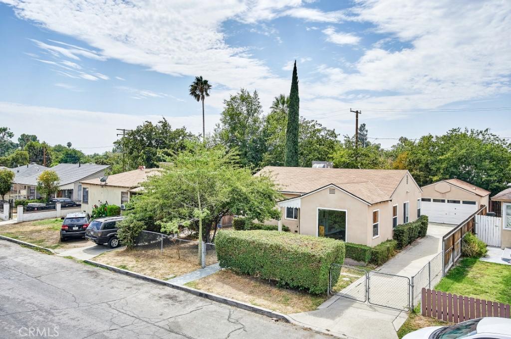 ActiveUnderContract | 1572 Belle Street San Bernardino, CA 92404 0