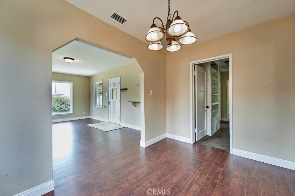 ActiveUnderContract | 1572 Belle Street San Bernardino, CA 92404 12