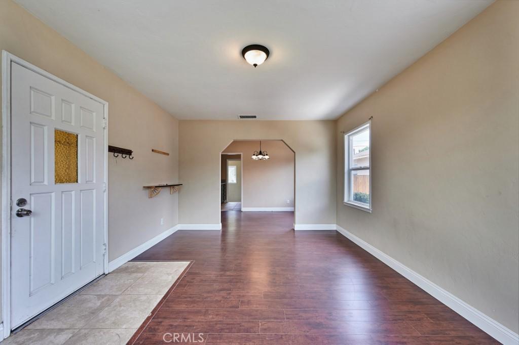 ActiveUnderContract | 1572 Belle Street San Bernardino, CA 92404 9