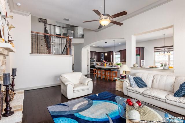 Active | 18026 Resort View San Antonio, TX 78255 9