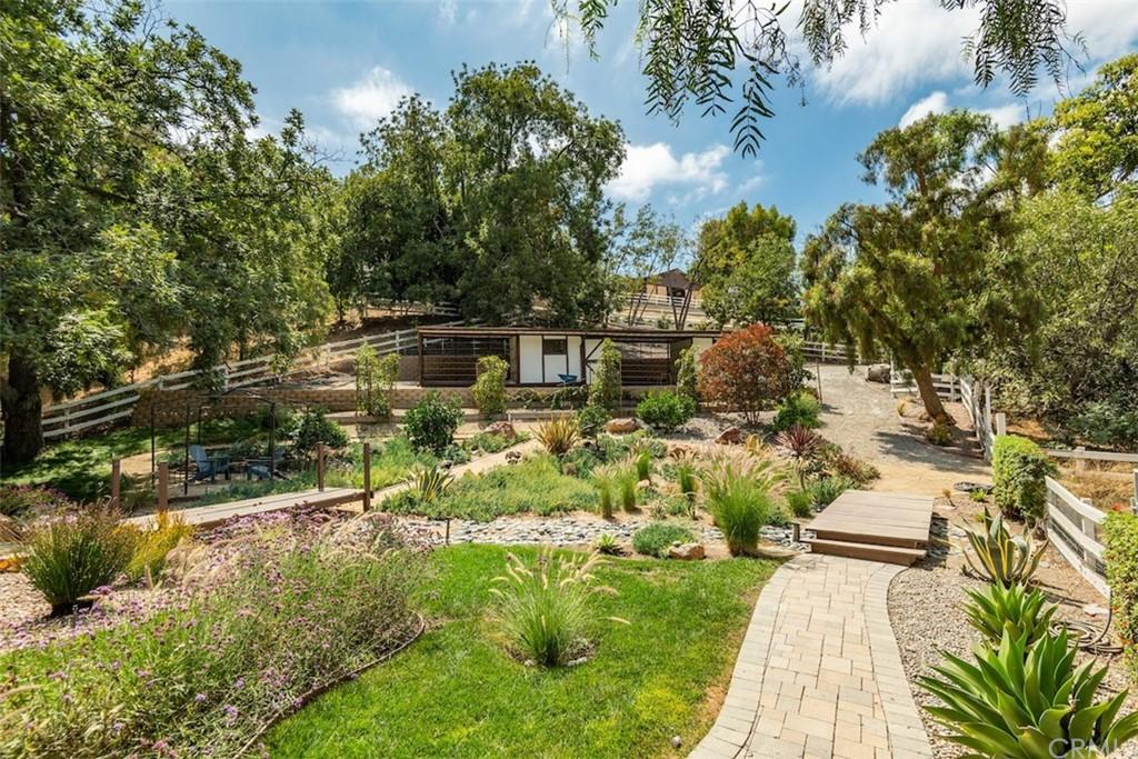 ActiveUnderContract | 73 Buckskin Lane Rolling Hills Estates, CA 90274 46