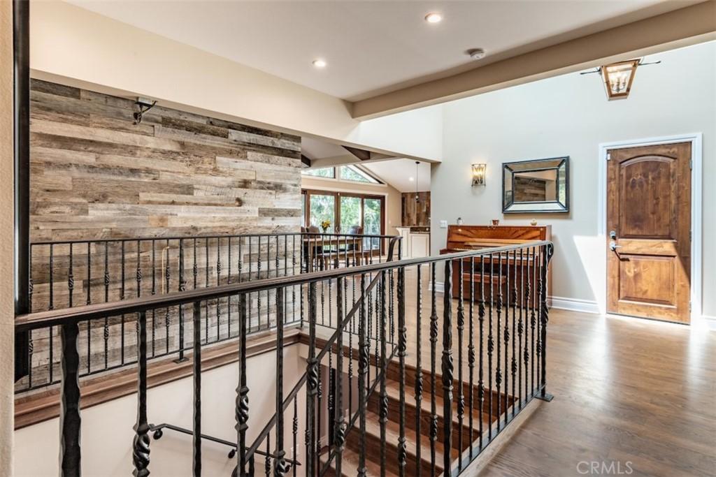 ActiveUnderContract | 73 Buckskin Lane Rolling Hills Estates, CA 90274 10
