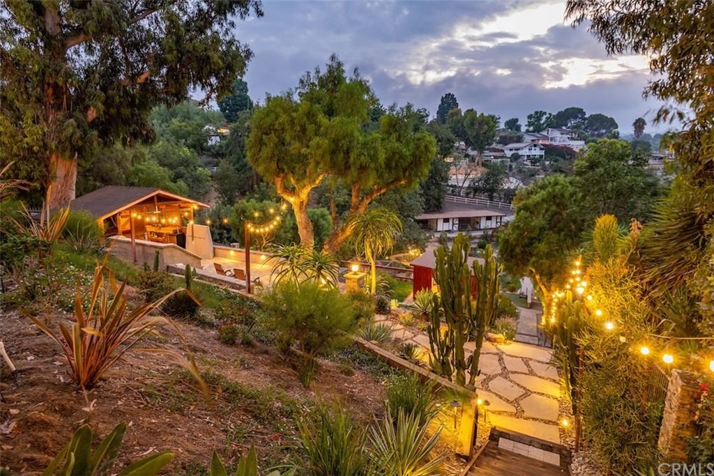 ActiveUnderContract | 73 Buckskin Lane Rolling Hills Estates, CA 90274 3