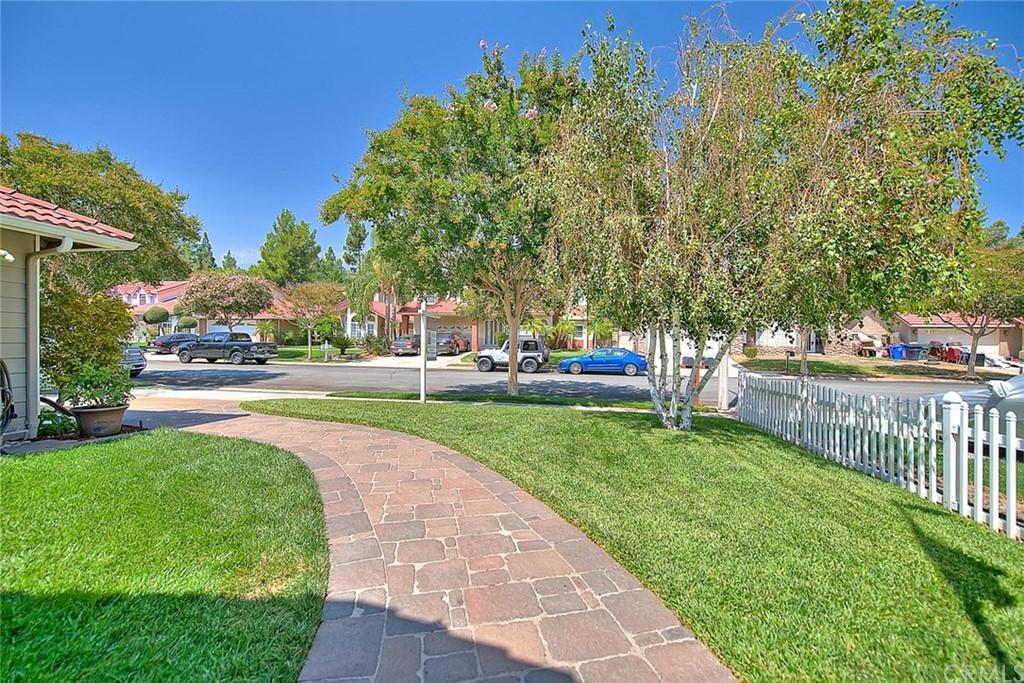 Pending   11345 Pyramid Peak Court Rancho Cucamonga, CA 91737 6