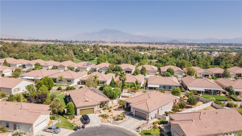 Closed   817 Sherwood Court Beaumont, CA 92223 24