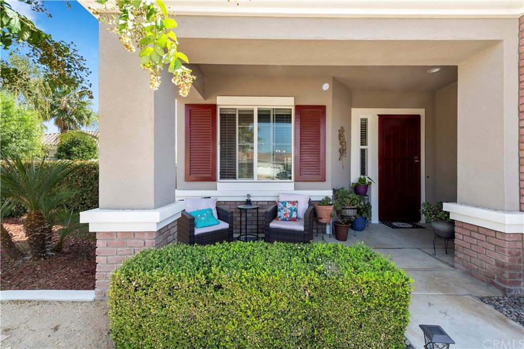 Closed   817 Sherwood Court Beaumont, CA 92223 2