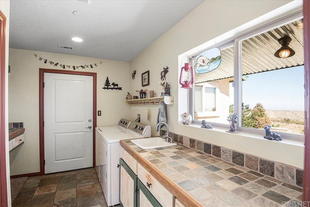 Active   12162 Juniper Hills Road Juniper Hills, CA 93553 23