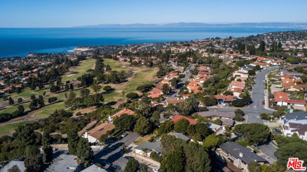 Active | 30145 Avenida Classica Rancho Palos Verdes, CA 90275 99