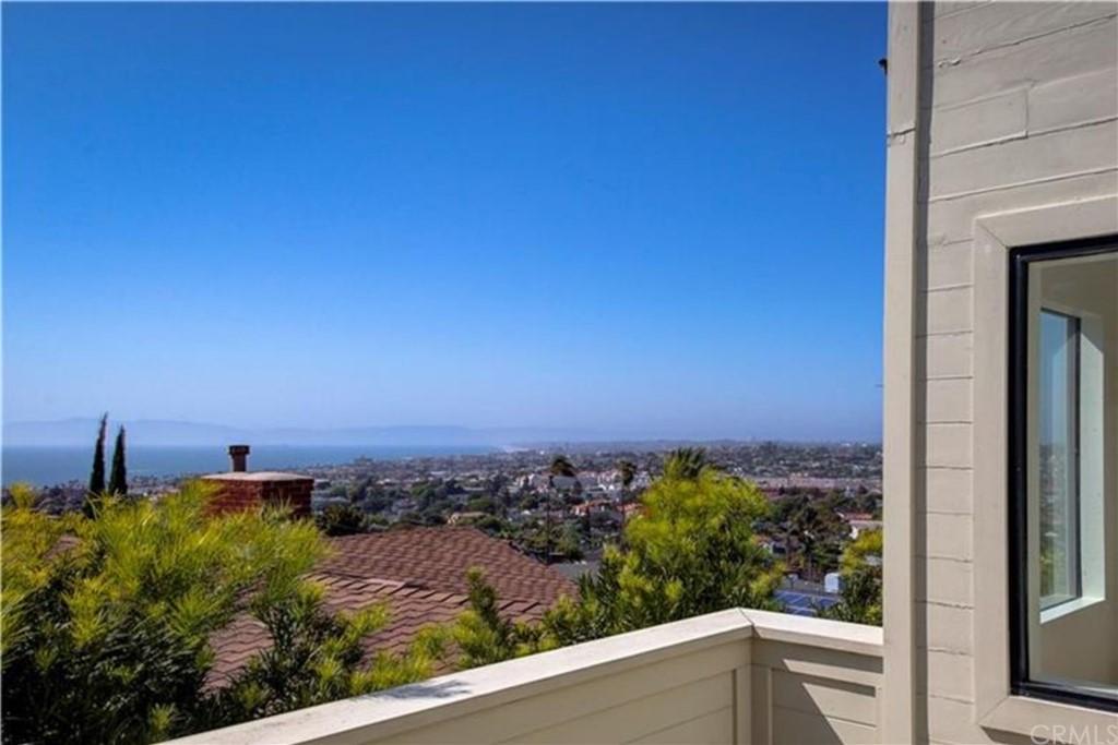 Closed | 252 Avenida Atezada Redondo Beach, CA 90277 6