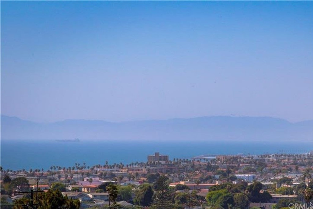 Closed | 252 Avenida Atezada Redondo Beach, CA 90277 9