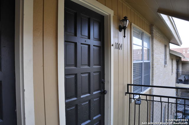 Active Option | 923 VANCE JACKSON RD #1004 San Antonio, TX 78201 0