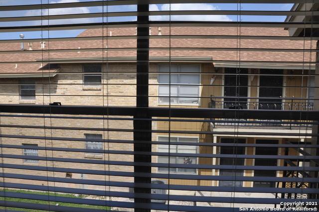 Active Option | 923 VANCE JACKSON RD #1004 San Antonio, TX 78201 15