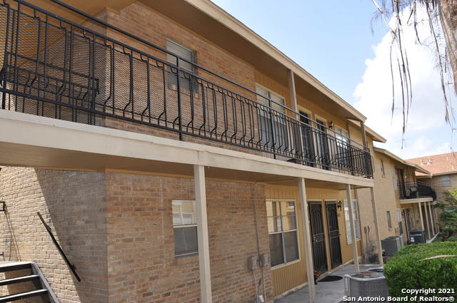 Active Option | 923 VANCE JACKSON RD #1004 San Antonio, TX 78201 16