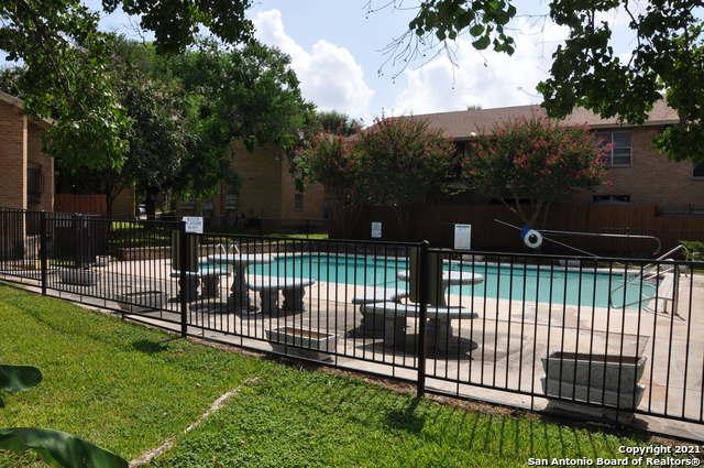 Active Option | 923 VANCE JACKSON RD #1004 San Antonio, TX 78201 18