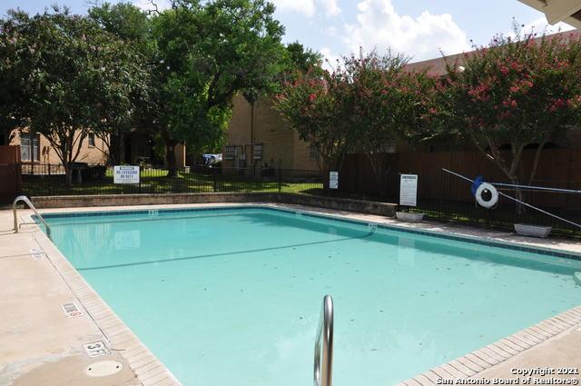 Active Option | 923 VANCE JACKSON RD #1004 San Antonio, TX 78201 20