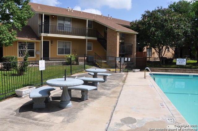 Active Option | 923 VANCE JACKSON RD #1004 San Antonio, TX 78201 21