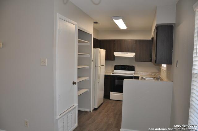Active Option | 923 VANCE JACKSON RD #1004 San Antonio, TX 78201 3