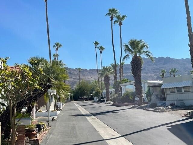 Active | 12 Box C Drive Palm Desert, CA 92260 72