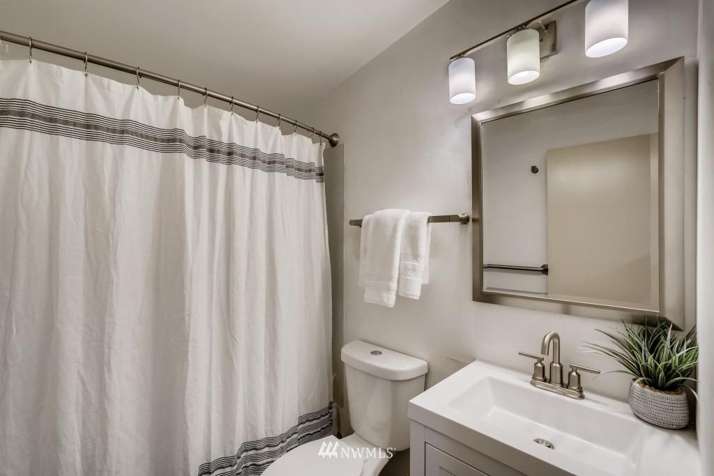Sold Property | 18021 42nd Avenue S SeaTac, WA 98188 19