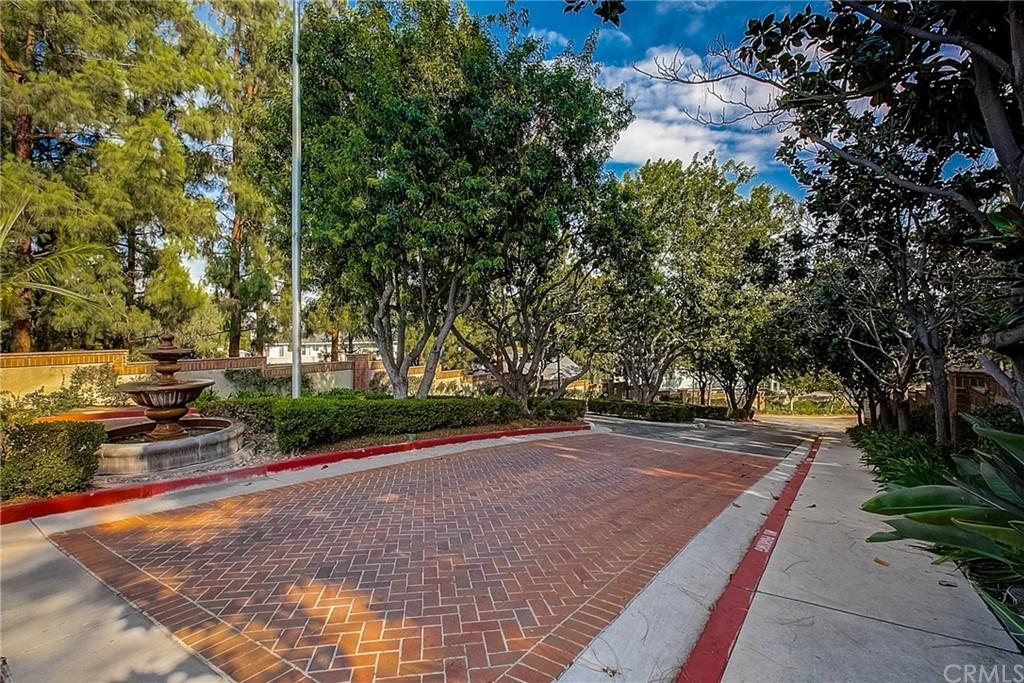 ActiveUnderContract   23412 Pacific Park Drive #16A Aliso Viejo, CA 92656 24