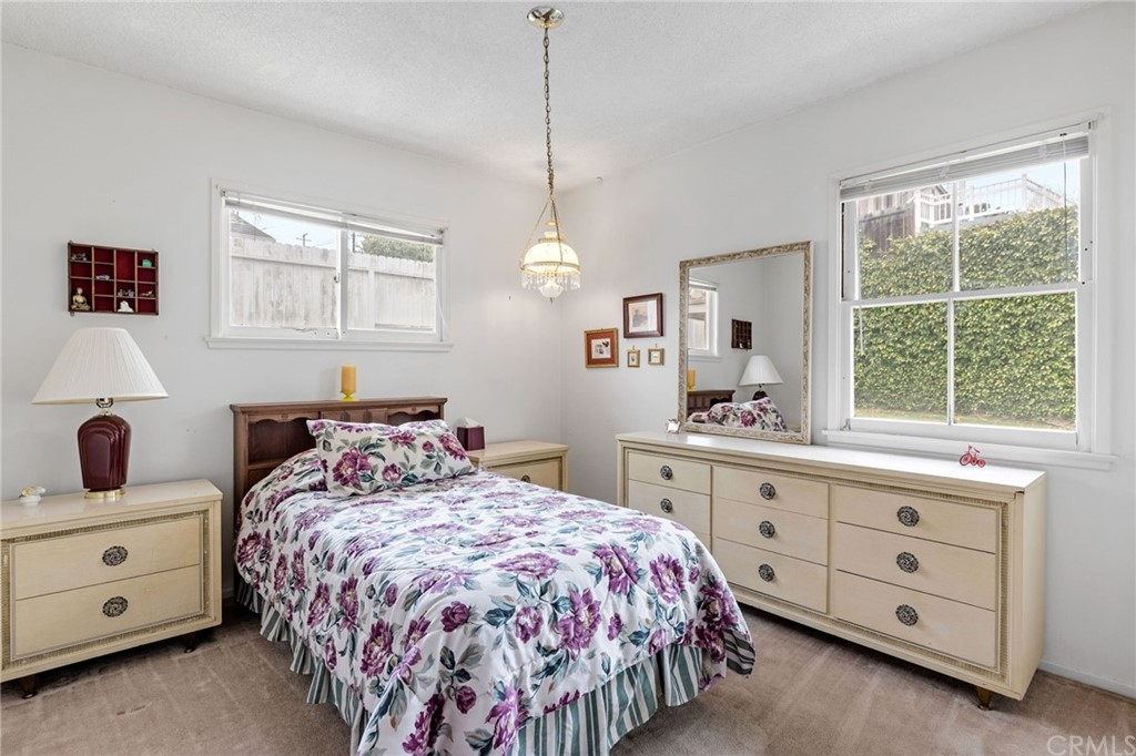 Pending | 5525 White Court Torrance, CA 90503 28