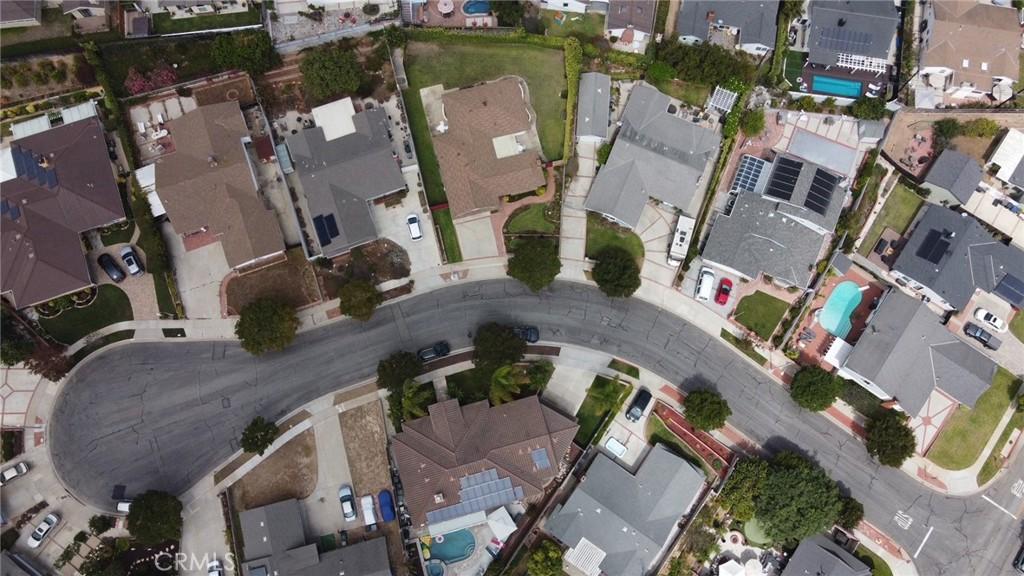 Pending | 5525 White Court Torrance, CA 90503 34