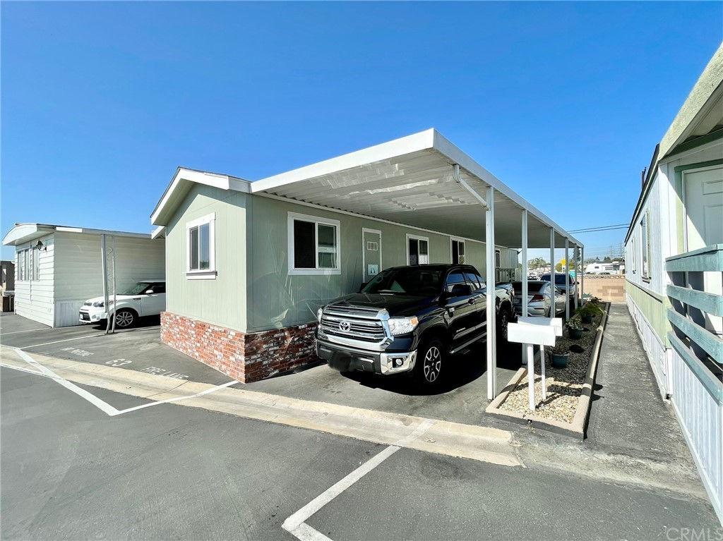 Active   20806 Gridley Road #63 Lakewood, CA 90715 24