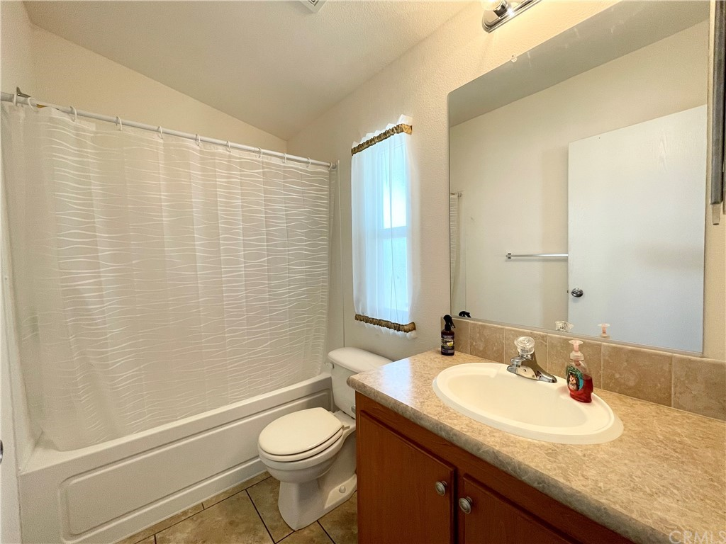 Active   20806 Gridley Road #63 Lakewood, CA 90715 17