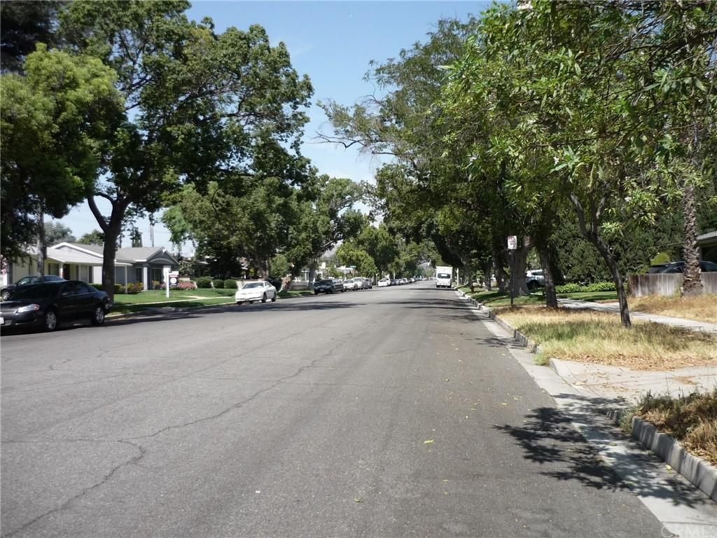 Pending | 1320 N Lincoln Street Burbank, CA 91506 6