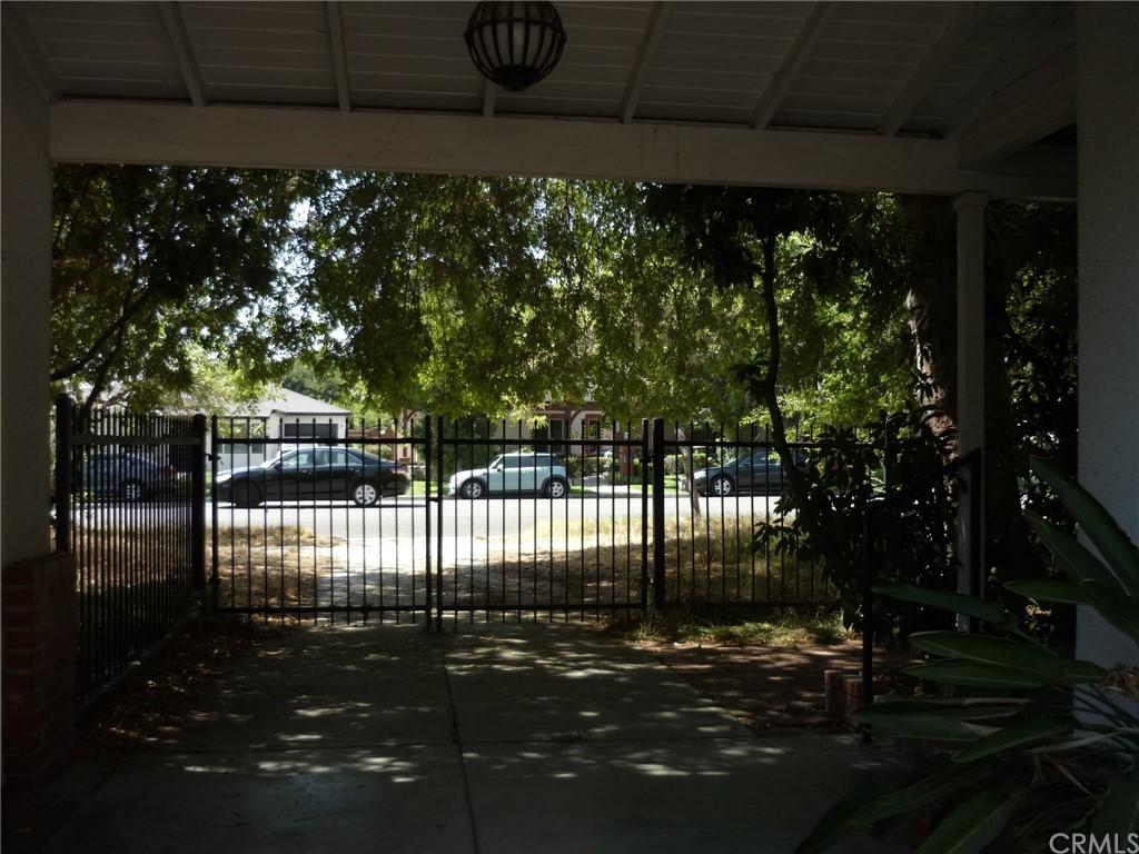 Pending | 1320 N Lincoln Street Burbank, CA 91506 16