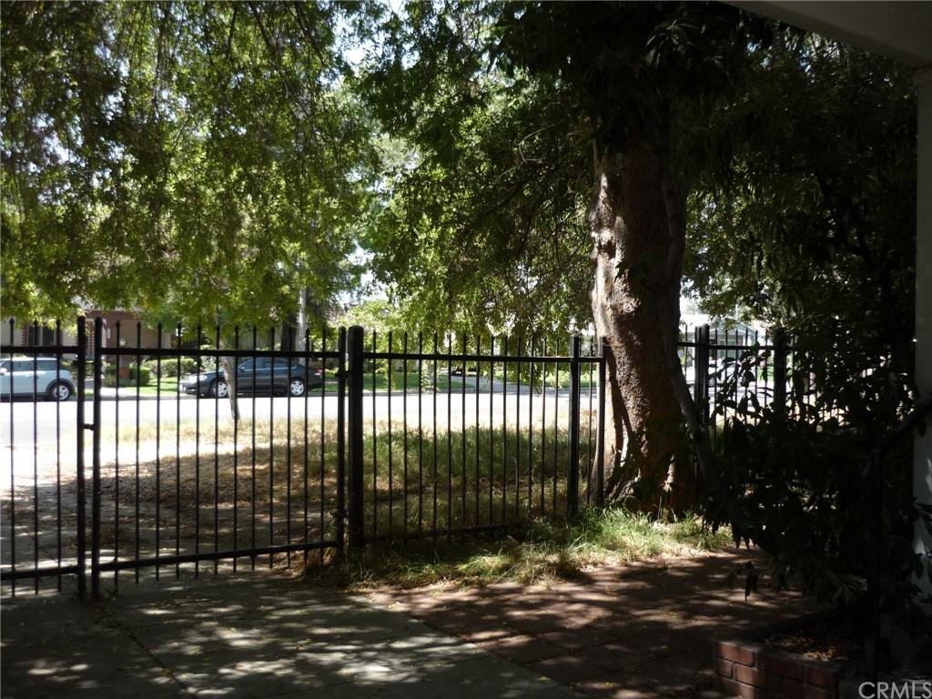 Pending | 1320 N Lincoln Street Burbank, CA 91506 17