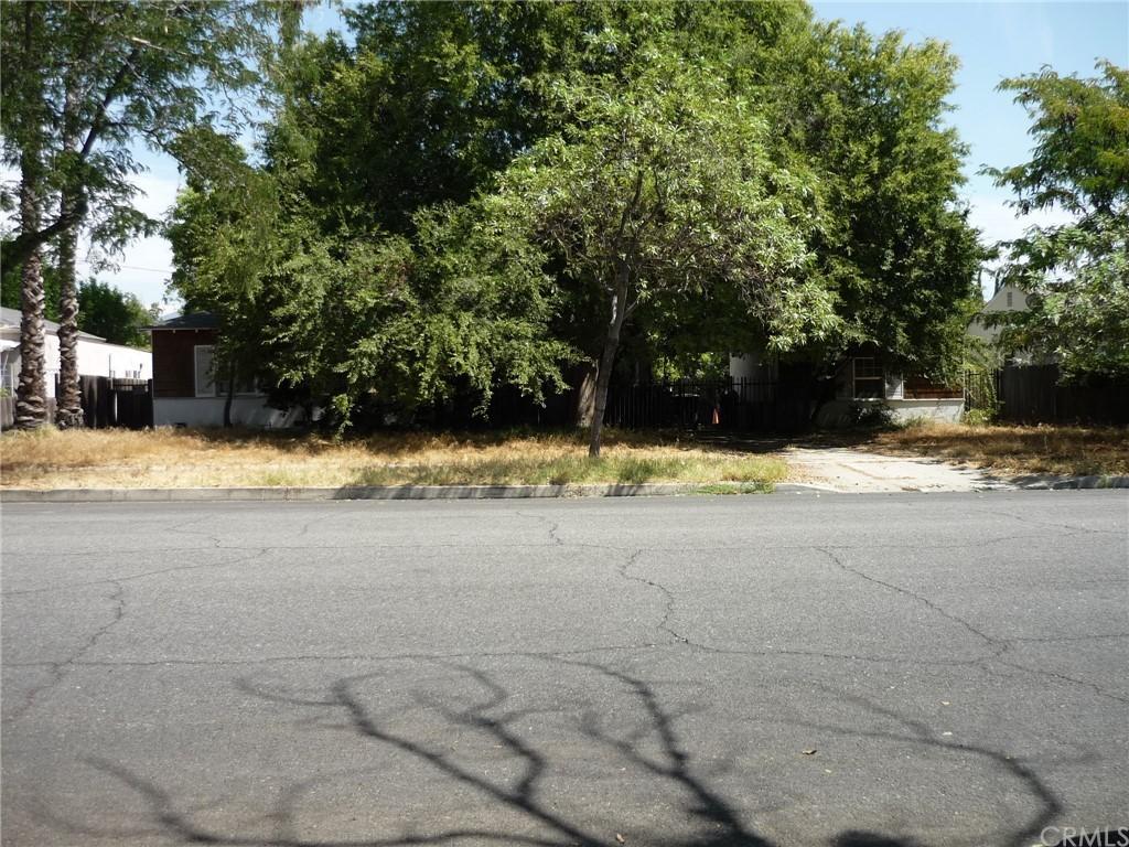 Pending | 1320 N Lincoln Street Burbank, CA 91506 4