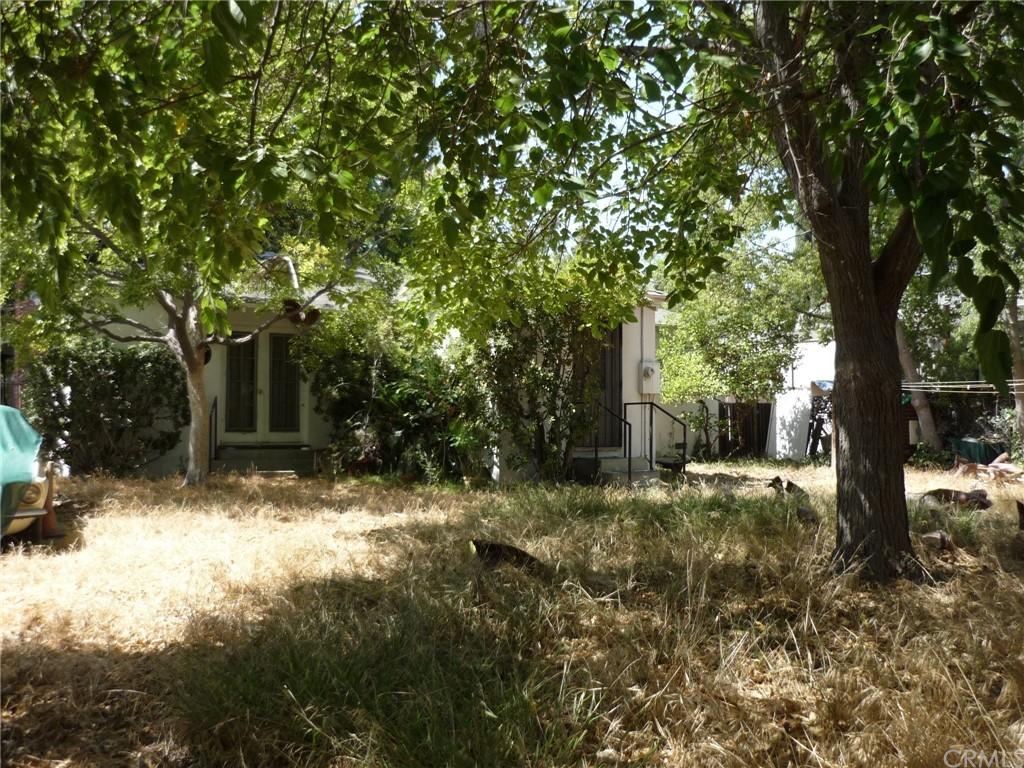 Pending | 1320 N Lincoln Street Burbank, CA 91506 12