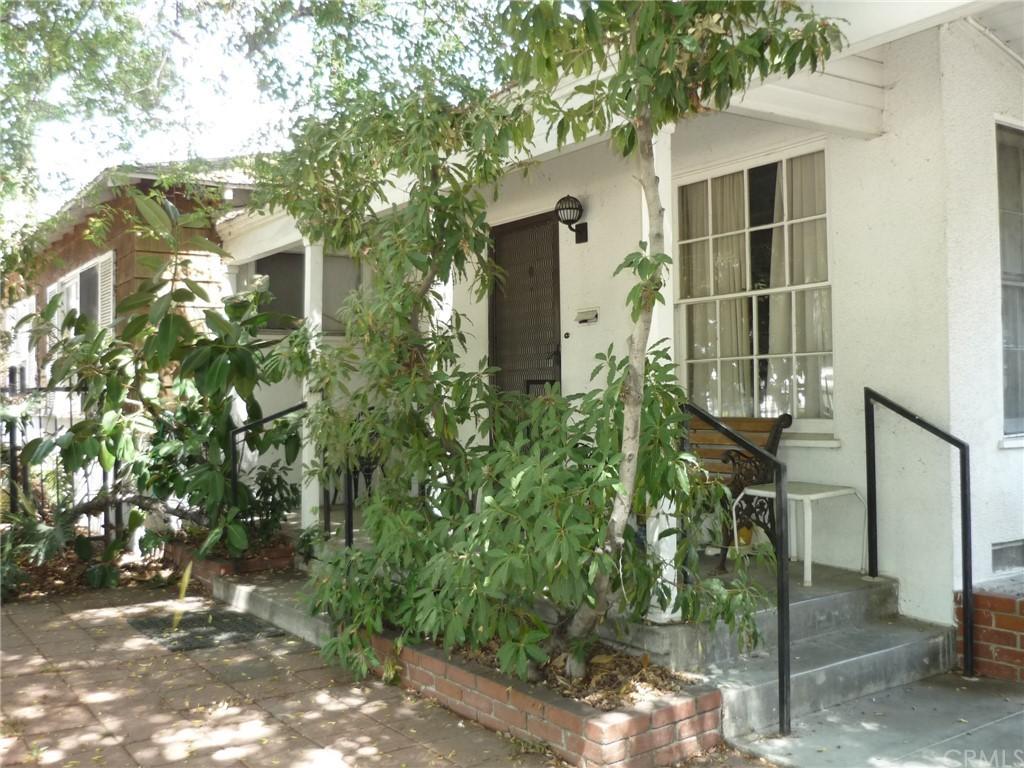 Pending | 1320 N Lincoln Street Burbank, CA 91506 3