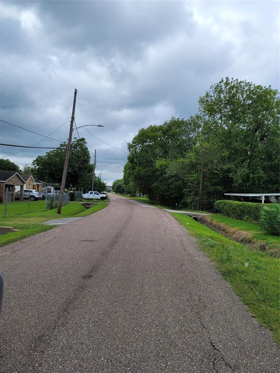 Active   0 Pederson Street Houston, Texas 77033 2