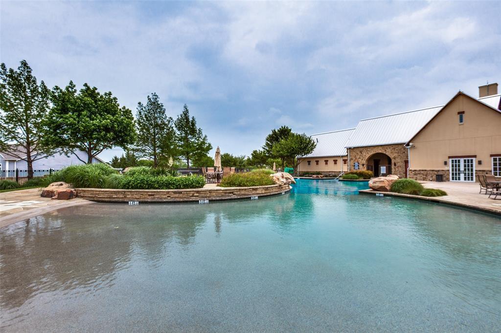 Pending | 8161 Watson Road Lantana, Texas 76226 40