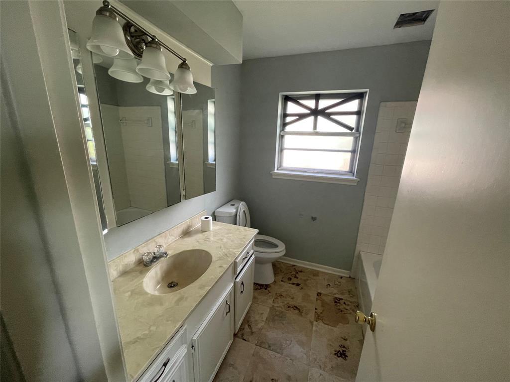Off Market | 600 Pinebrook Lane Baytown, Texas 77521 6