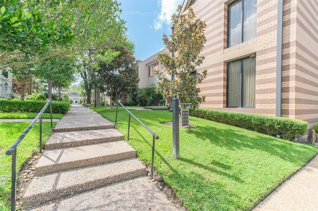 Off Market | 2116 Amberly Court Houston, Texas 77063 16