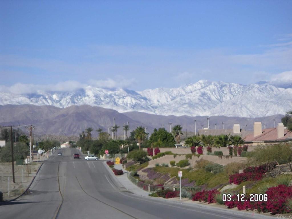 Pending | 79805 Westward Ho Drive La Quinta, CA 92253 11