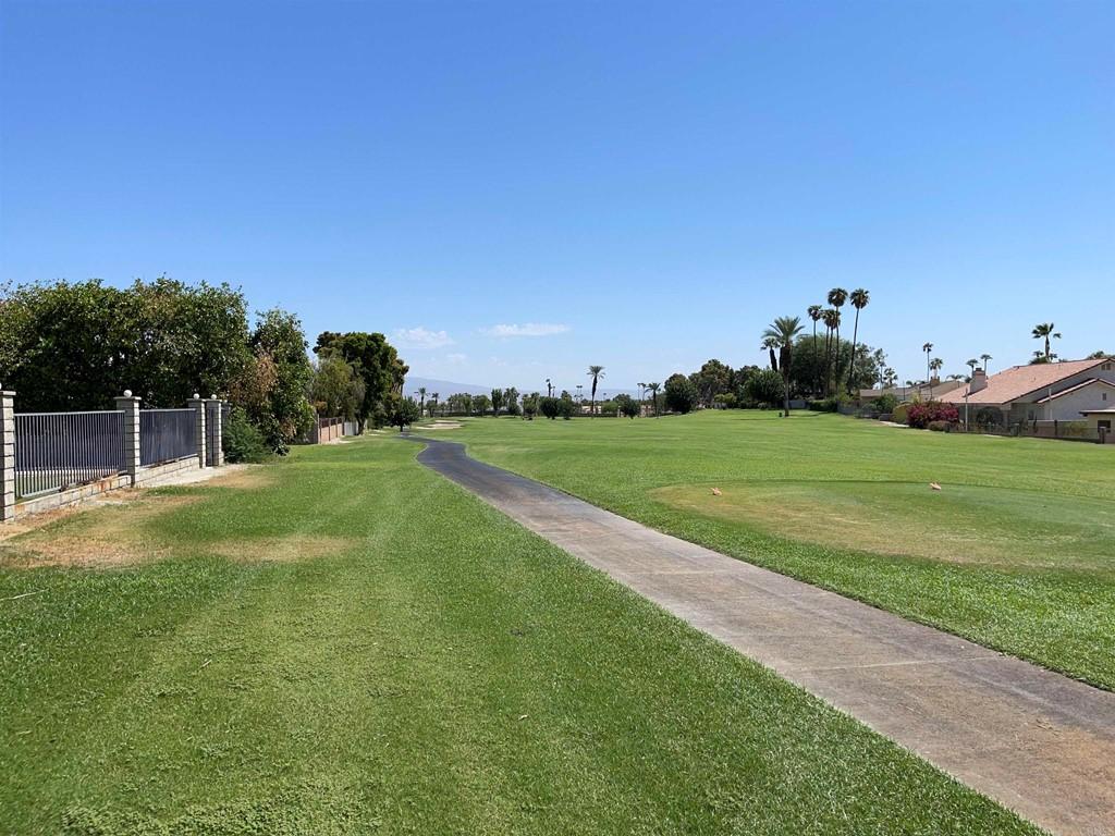 Pending | 79805 Westward Ho Drive La Quinta, CA 92253 40